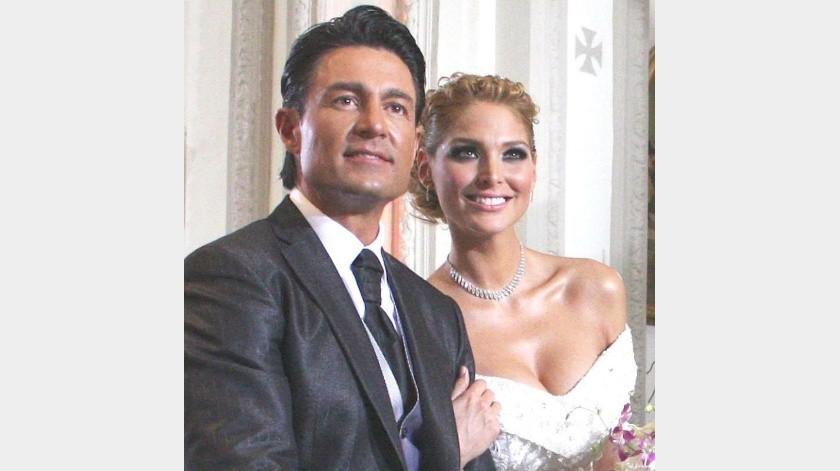 Fuentes cercanas a Fernando Colunga y Blanca Soto aseguran que mantienen una relación amorosa.(Internet)