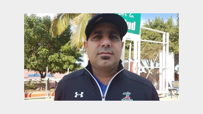 Muere Yunieski Hernández, reconocido entrenador de clavados en México(Twitter)