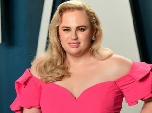 Rebel Wilson sigue los pasos de Adele dispuesta a llegar a 75 Kg