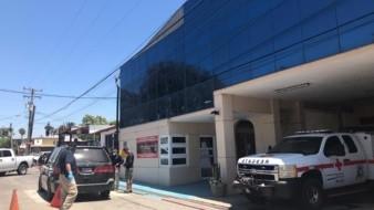 El cuerpo de la joven permaneció dentro de la camioneta desde las 10:00 y hasta las 13:30 horas.