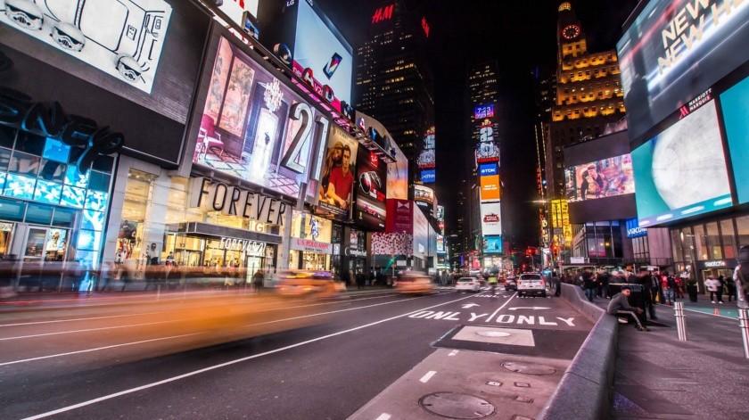 El icónico Times Square de Nueva York se quedó a oscuras este miércoles.(Pixabay)