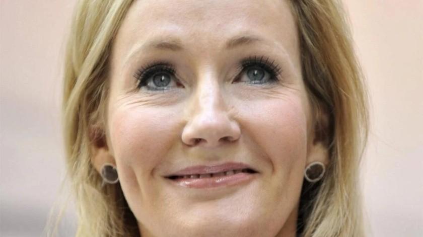 J.K. Rowling lanzará cuento de hadas en internet de manera gratuita