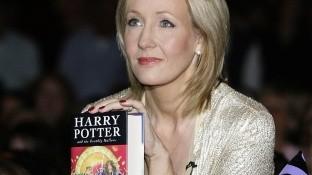 Con un estilo político, la autora inglesa J.K. Rowling pone en Internet un cuento de hadas diferente, que ha titulado