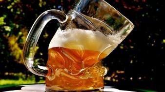 A principios de la pandemia por COVID-19 se suspendió la producción de cerveza al ser considerada por las autoridades como no esencial.