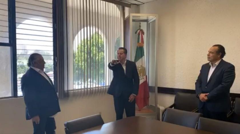 Octavio Hilton Reyes tomó protesta ante el Secretario Hacienda, Rodolfo Castro Valdez.(Cortesía)