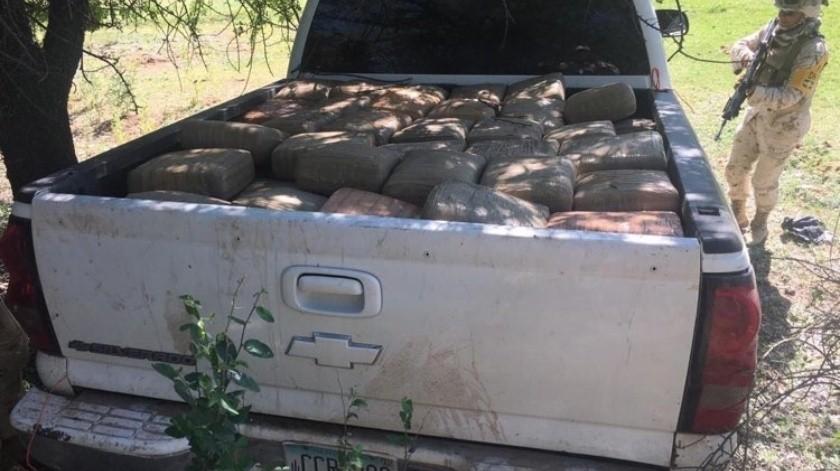Sedena asegura dos toneladas de mariguana en Cucurpe(Especial)
