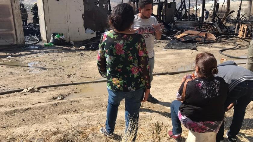 Fuerte incendio deja pérdidas totales en Lomas del Pedregal(Margarito Martínez)
