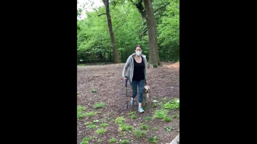 Mujer de denuncia racista viral en Nueva York se queda también sin perro(Captura de pantalla)