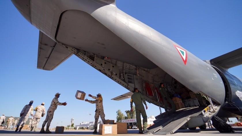 Llega Fuerza Aérea Mexicana con insumos médicos a Mexicali(Víctor Medina)