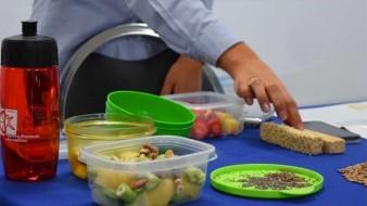 Hay alimentos que favorecen la salud digestiva.