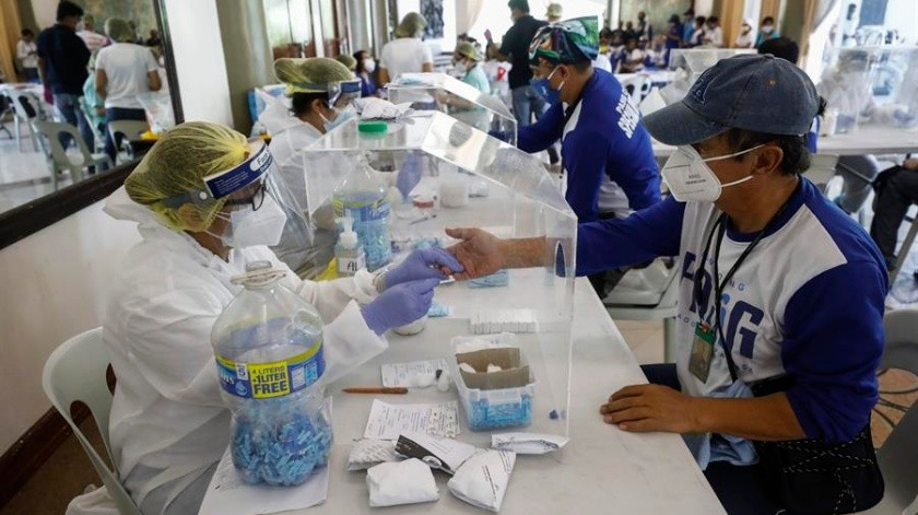 COVID-19 en México: Se registran 3 mil 227 casos y 371 fallecimientos en un día