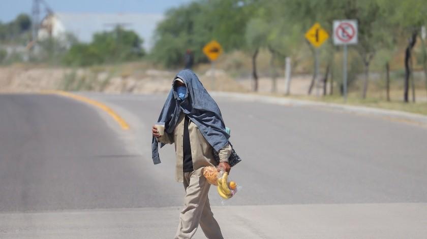 Rescatan a tres migrantes en desierto(GH)