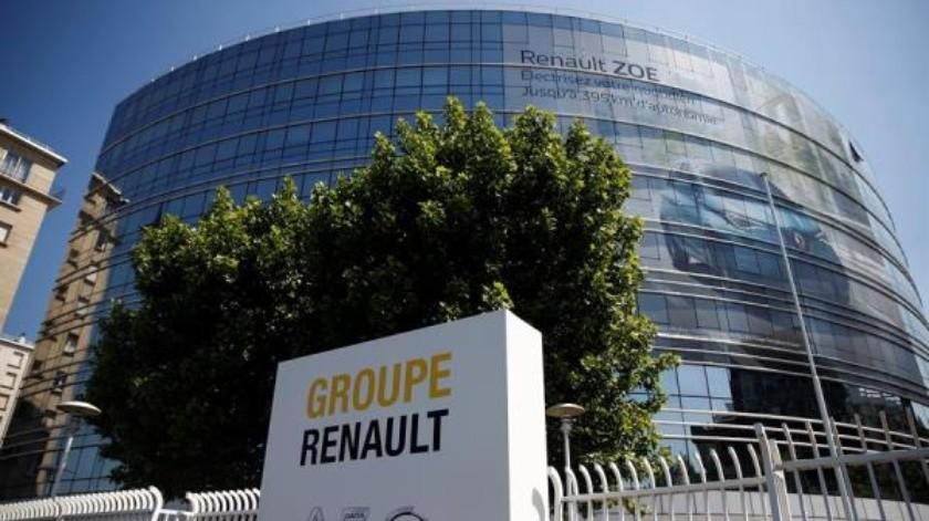 Miles se manifiestan en Francia contra los 15 mil despidos de Renault; es parte de plan de ahorro(EFE)