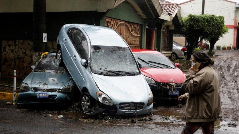 El director de la Policía Nacional Civil (PNC), Mauricio Arriaza, añadió que otros dos fallecidos también se registraron en el departamento de San Salvador.(EFE)