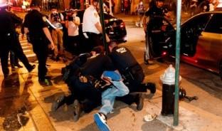 Las protestas en Mineápolis, Estados Unidos, dejaron este fin de semana 150 participantes arrestados, por salir a manifestarse a las calles en pleno toque de queda, tras los hechos violentos en los murió George Floyd.