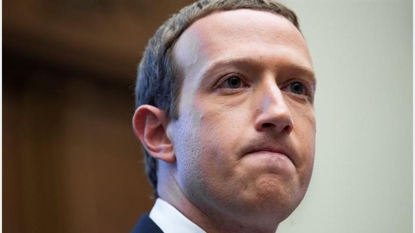 Empleados de Facebook hacen parón online en rebelión contra Zuckerberg(EFE)