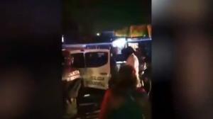 VIDEO: Detienen a albañil por no portar cubrebocas y lo regresan muerto