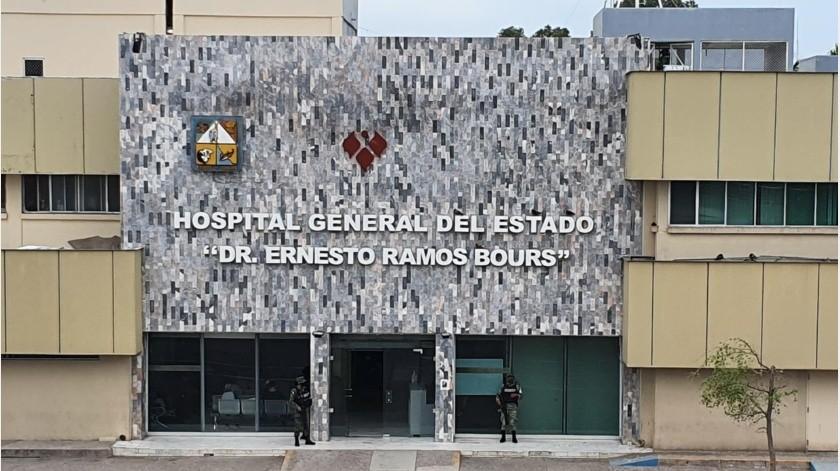 Un hombre de 38 años con una reciente prueba de covid-19 y todos los síntomas de la enfermedad abandonó el Hospital General en Hermosillo dejando daños en las instalaciones médicas.(Teodoro Borbón)