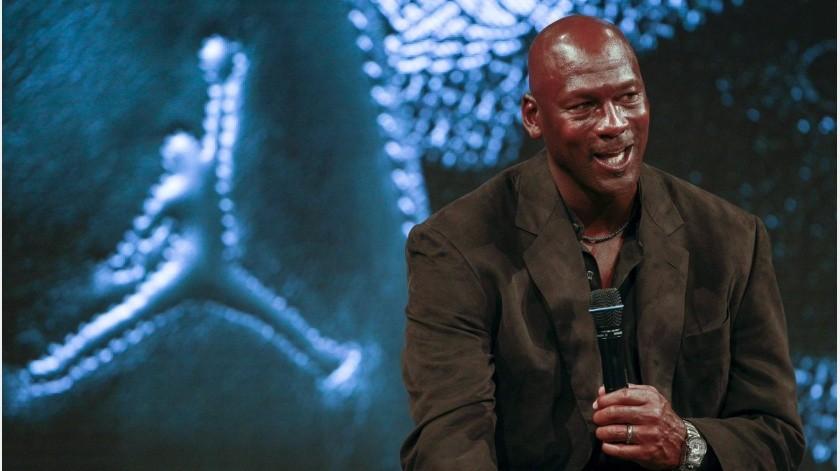 Michael Jordan donará 100 millones de dólares a fundaciones que luchan por la igualdad racial(Twitter)