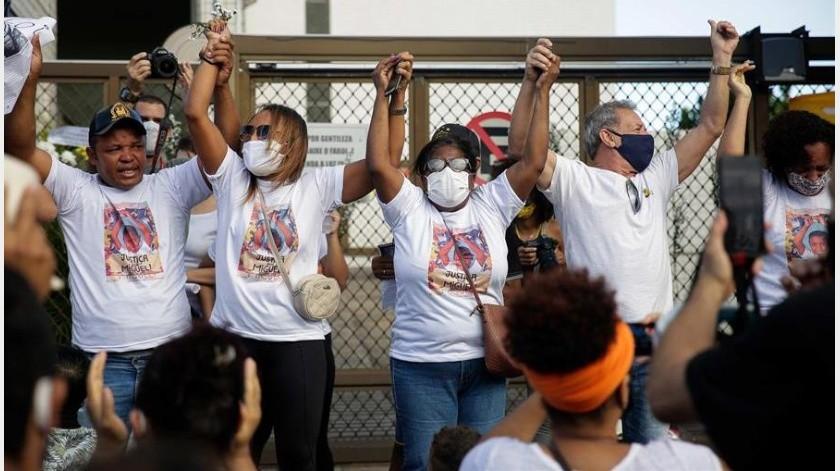 Justicia para Miguel: conmociona Brasil muerte de hijo de empleada negra en edificio de lujo