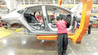 Arranca lenta industria automotriz en Mexicali