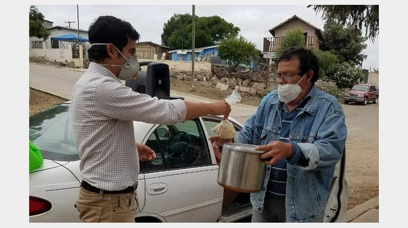 Acusan de querer frenar ayuda para habitantes de Rosarito(Tomada de la red)