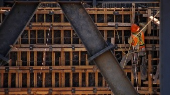 Validan el 28% de constructores volver a trabajar