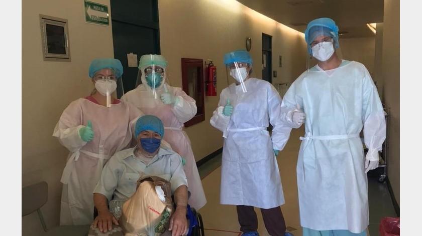 El director del Hospital General de Puerto Peñasco detalló que el paciente ingresó con síntomas como vómito, fiebre, cansancio, palidez en piel y deshidratación.