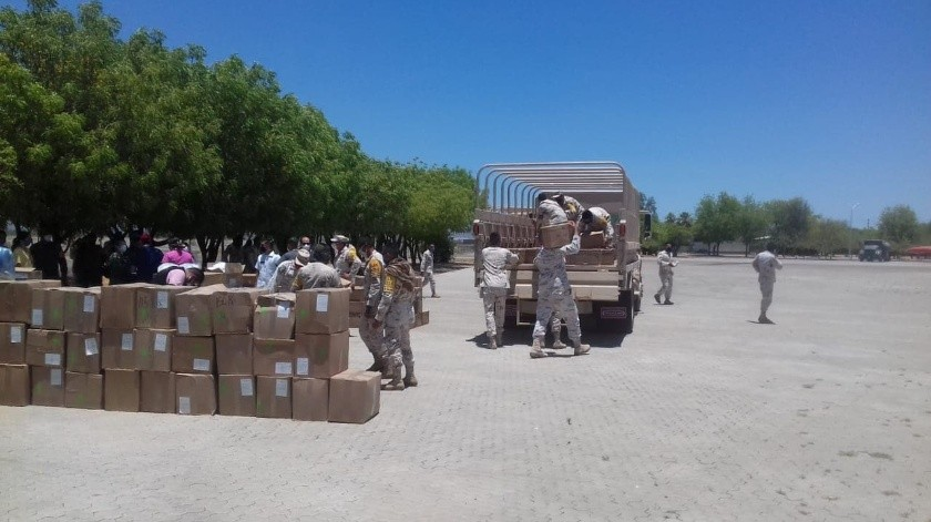 Llegan 5 toneladas de insumos médicos a Base Aérea Militar en Hermosillo