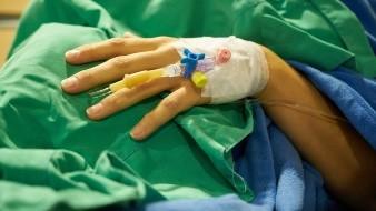 Niño con cáncer gana juicio; obliga al gobierno federal que suministre tratamiento