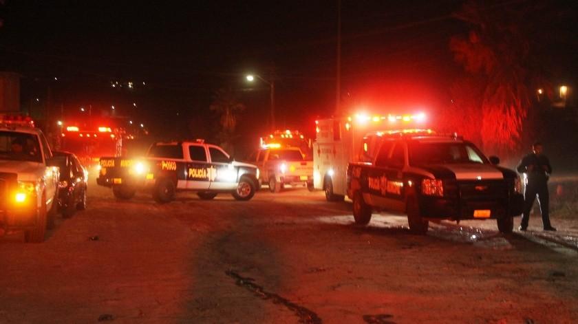 Las víctimas del ataque armado estaban dentro de un auto Ford Focus.(Cortesía)