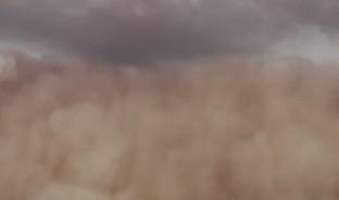 La nube de polvo que pudiera llegar a México recorre casi 10 mil kilómetros, desde África hasta América #sahara #nubedepolvo