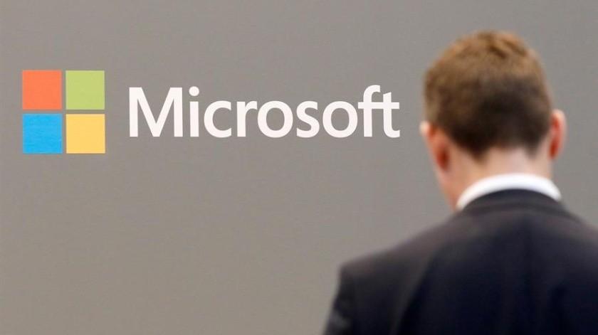 Los comercios de Microsoft permanecen cerrados desde finales de marzo por la pandemia de COVID-19.(EFE)