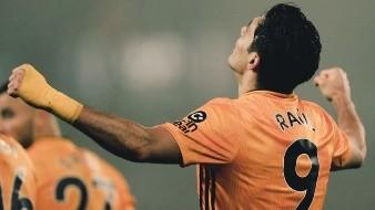 Raúl Jiménez con la ilusión de la Champions League