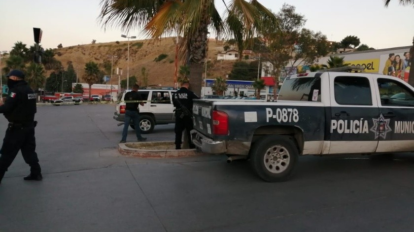 Lo ejecutan en pleno estacionamiento de un centro comercial(Margarito Martínez)