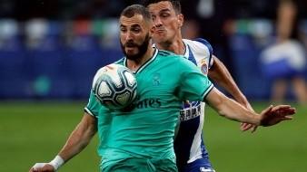 Una genialidad del francés Karim Benzema, en forma de taconazo hacia el brasileño Casemiro, solucionó un trabajado triunfo del Real Madrid ante el colista Espanyol (0-1) y de paso le consolidó en el liderato, favorecido por el tropiezo del Barcelona en Vigo.