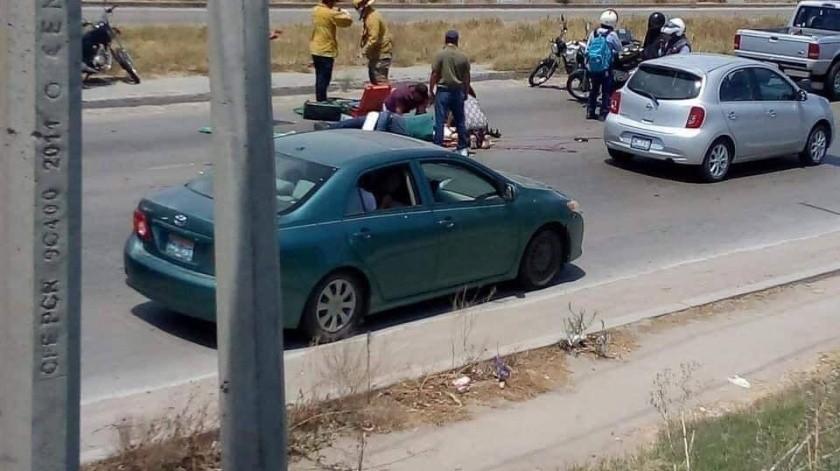 Motociclista pierde la vida arrollado por camioneta(Cortesia)