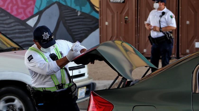 Los puntos de verificación sanitaria se colocaron en las garitas de Mexicali y Los Algodon(Daniel Reséndiz)