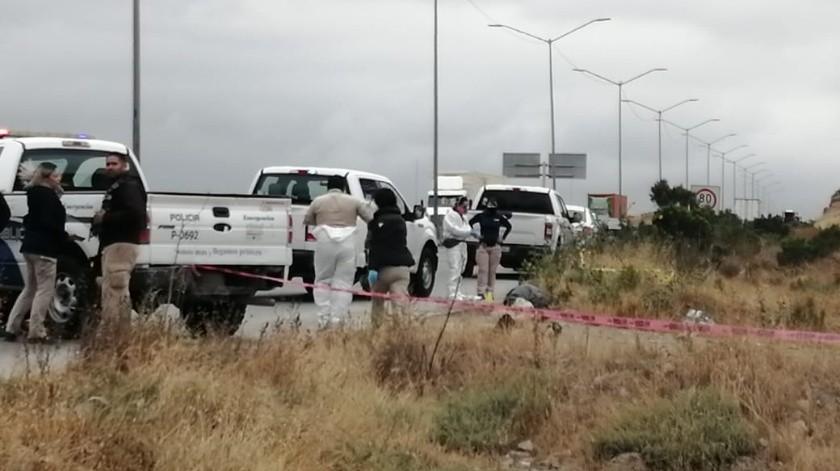 Dejan cadáver embolsado a un costado del bulevar Limón Padilla(Margarito Martínez)