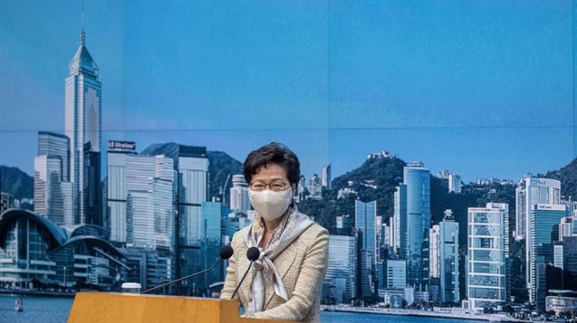 Carrie Lam, jefa del Gobierno regional de Hong Kong, asiste a una conferencia de prensa en las oficinas del Gobierno Central en Hong Kong, China, el 30 de junio.(EFE)