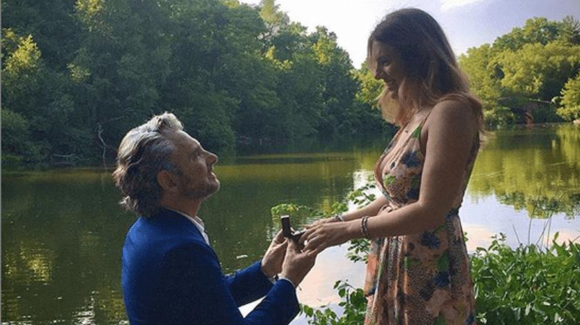 Los famosos se casaron durante una ceremonio con pocas personas.(Instagram/Harry Geithner)