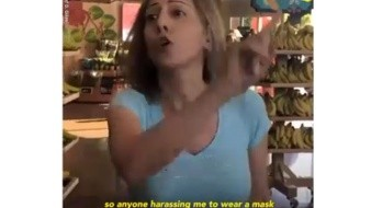 La reacción de la mujer fue captada en video.
