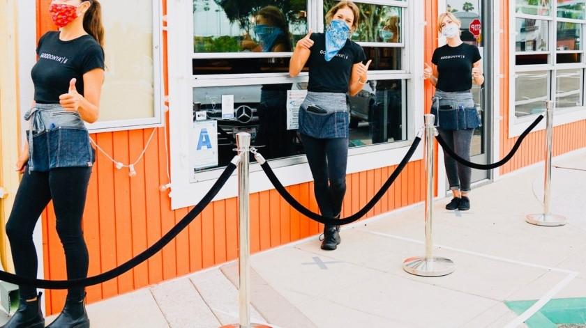 Restaurante cierra comedor para evitar conflictos