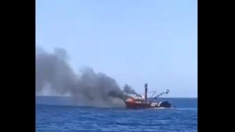 Se incendia barco sardinero de Guaymas en Isla San Pedro Martir; la Semar rescata a tripulantes