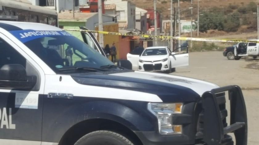 Atacan a policía municipal en Villas del Campo(Margarito Martínez)