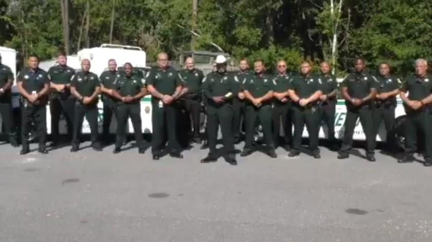 VIDEO: Alguacil de Florida amenaza con permitir a civiles armados parar protestas(Captura de pantalla)
