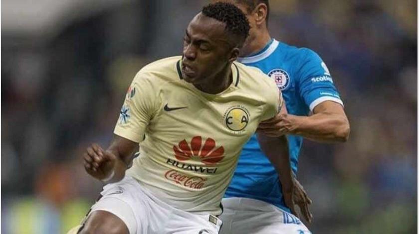 Renato Ibarra sigue sin obtener el perdón de las Águilas del América(Twitter @RenatoIbarraM)