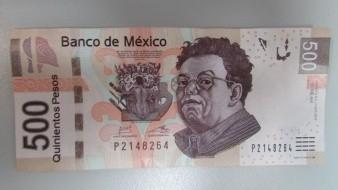 Datos positivos de EU benefician al peso mexicano