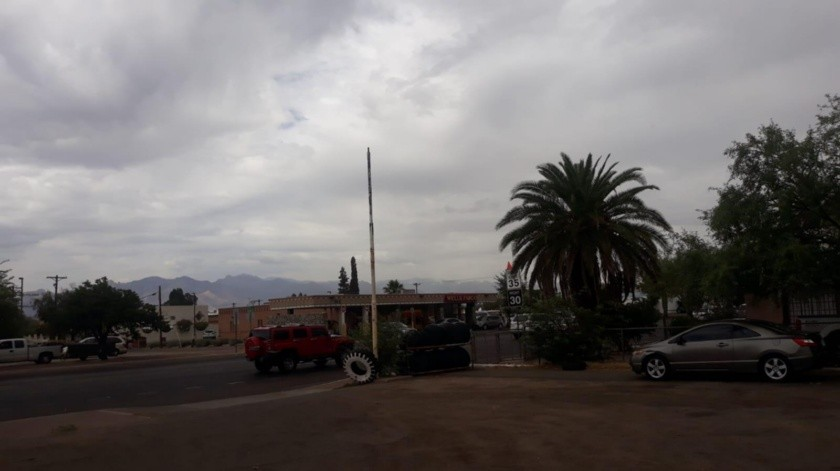 Según el Servicio Meteorológico Nacional estadounidense la probabilidad de lluvias y tormentas en la región fronteriza de Arizona con Sonora alcanzará hasta un 70%, sobre todo después del mediodía.(Cortesía)