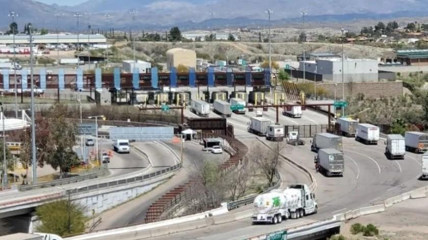 """Alcalde de Nogales, Arizona, advierte de """"escapadas"""" a playas de Sonora antes de cierre por Covid"""